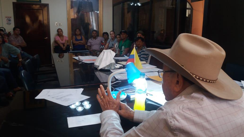 Comerciantes informales se reunieron con el Alcalde de Santa Ana, Ramón Mieles Arteaga