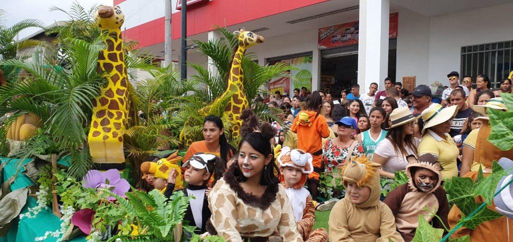Santa Ana inicia sus fiestas cívicas con pregón cultural