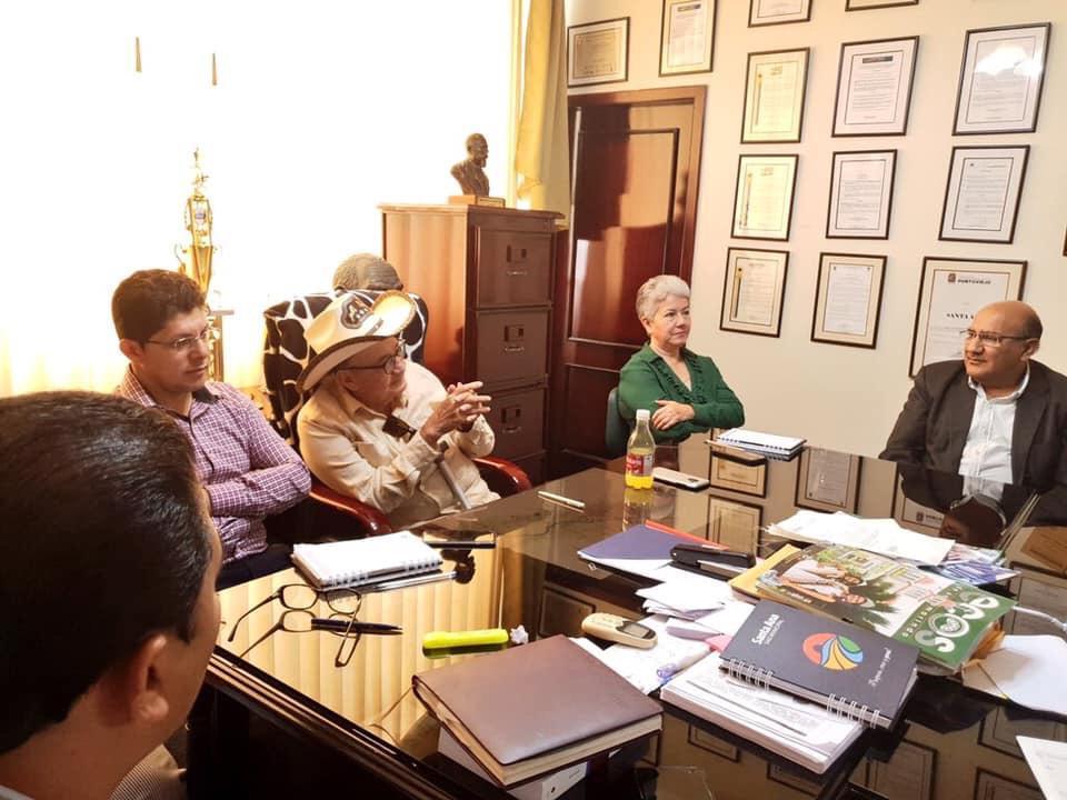 Alcalde de Santa Ana mantuvo reunión con principales del Ministerio de Cultura y el INPC en Manabí.