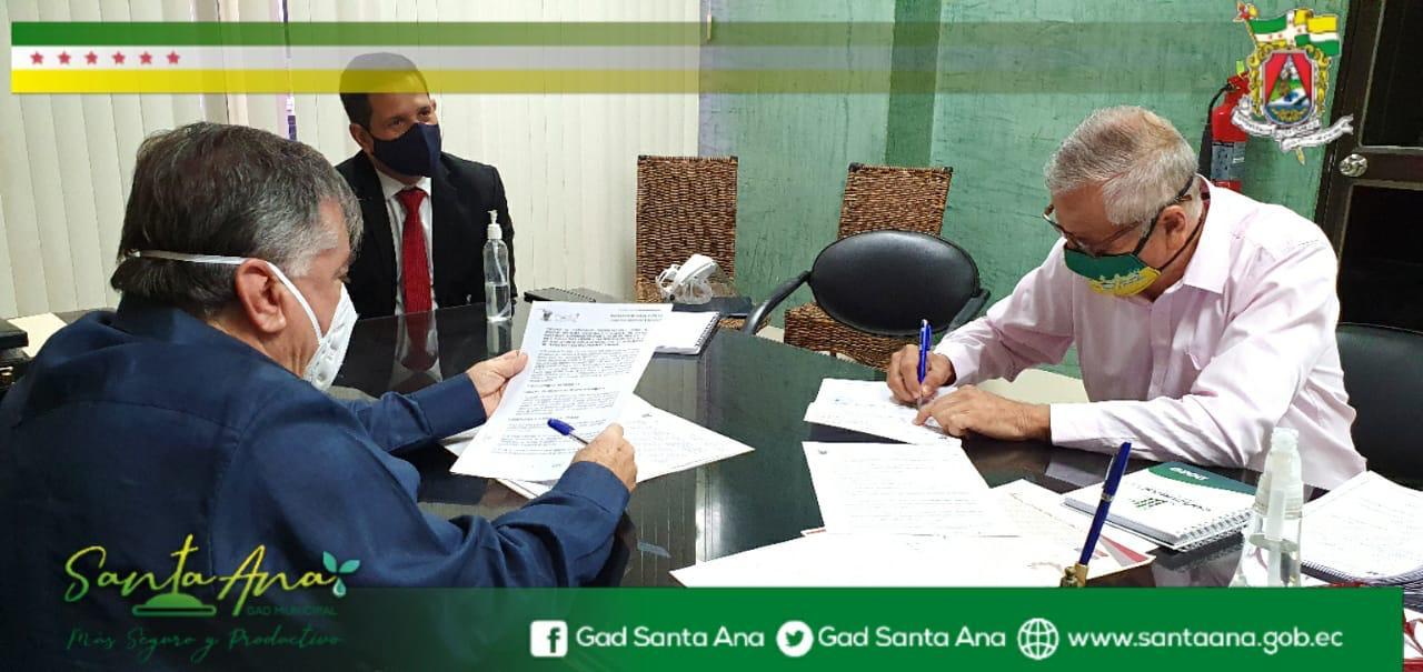 Zona 4 de Salud y Gobierno Municipal de Santa Afianzan acciones para beneficiar a los grupos vulnerables del cantón Santa Ana.
