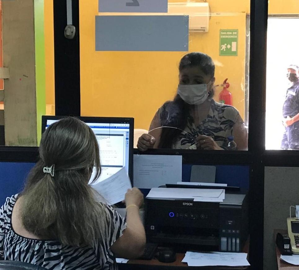 El GAD Santa Ana hace un llamado a los ciudadanos para que se acerquen a pagar sus patentes municipales.